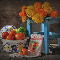 Jigsaw puzzle: Floral and vegetable still life