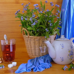 Jigsaw puzzle: Still life with forget-me-nots and tea