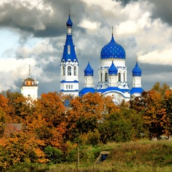 Jigsaw puzzle: Cathedral of the Intercession of the Blessed Virgin Mary in Gatchina