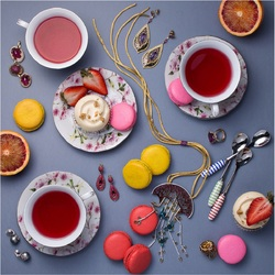 Jigsaw puzzle: Jewelry tea party