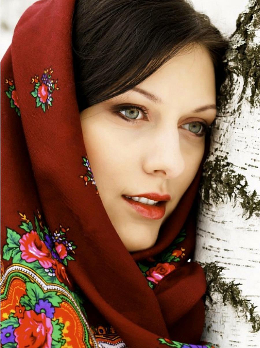 Русскя красавица в лесу 14 фотография