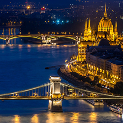 Jigsaw puzzle: Lights of budapest