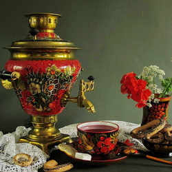 Jigsaw puzzle: Still life with samovar and flowers