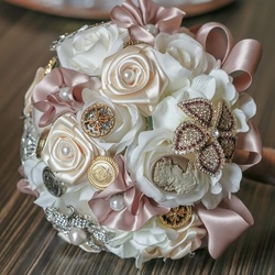 Jigsaw puzzle: Bouquet from satin