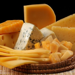 Jigsaw puzzle: Different types of cheese