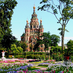 Jigsaw puzzle: Peter and Paul Cathedral in Peterhof
