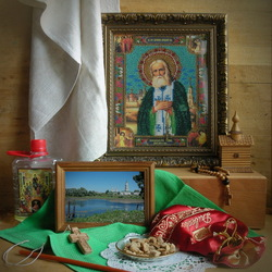 Jigsaw puzzle: Still life with the icon of Seraphim of Sarov