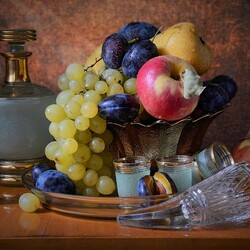 Jigsaw puzzle: Decanter and fruit