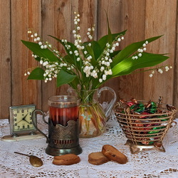 Jigsaw puzzle: Still life with lilies of the valley