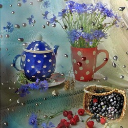 Jigsaw puzzle: Cornflowers and berries