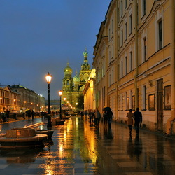 Jigsaw puzzle: Rain on the Griboyedov Canal
