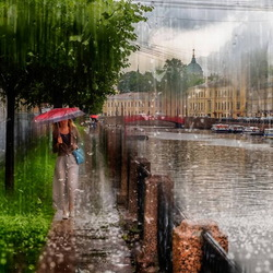 Jigsaw puzzle: Summer rain in St. Petersburg