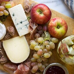 Jigsaw puzzle: Still life with cheese