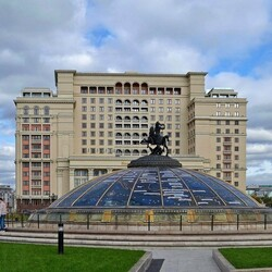 Jigsaw puzzle: Moscow fountain -