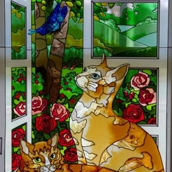 Jigsaw puzzle: Stained glass