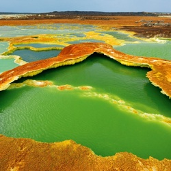 Jigsaw puzzle: Volcanic crater