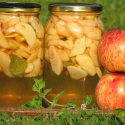 Jigsaw puzzle: Apple compote