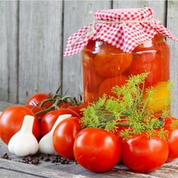 Jigsaw puzzle: Tomatoes for the winter