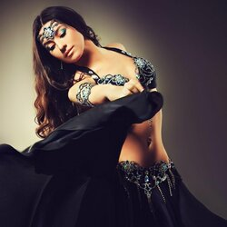Jigsaw puzzle: Belly dance