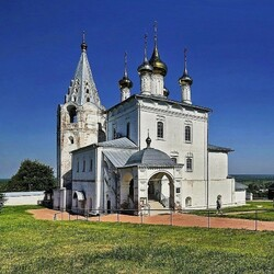 Jigsaw puzzle: Cathedral in Gorokhovets