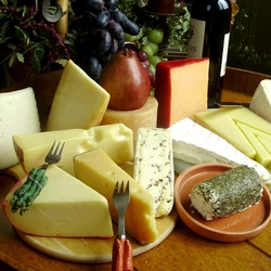 Jigsaw puzzle: Delicious cheeses
