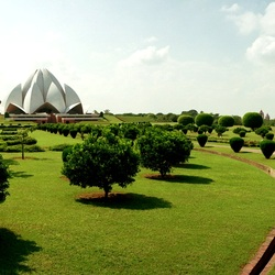 Jigsaw puzzle: Lotus Temple in Delhi