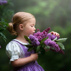 Jigsaw puzzle: Girl with lilac