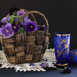 Jigsaw puzzle: Still life with violas