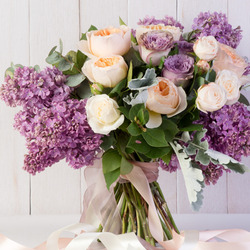Jigsaw puzzle: Roses smelled of lilacs