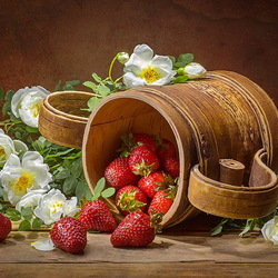 Jigsaw puzzle: Strawberries and rose hips