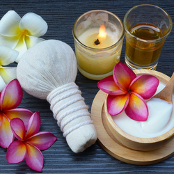 Jigsaw puzzle: Spa with plumeria
