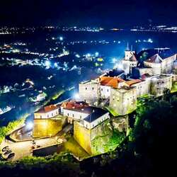 Jigsaw puzzle: Palanok night castle