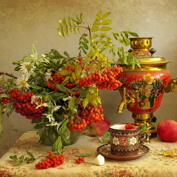Jigsaw puzzle: Still life with samovar and rowan