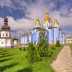 Jigsaw puzzle: St. Michael's Golden-Domed Monastery