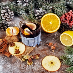 Jigsaw puzzle: New Year's mulled wine