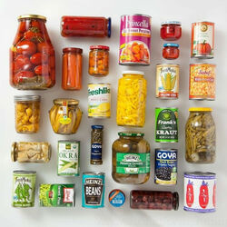 Jigsaw puzzle: Canned food