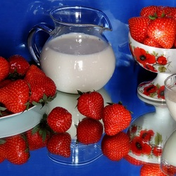 Jigsaw puzzle: Strawberry and cream
