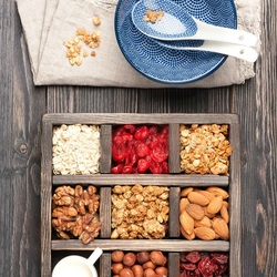 Jigsaw puzzle: Flakes and muesli