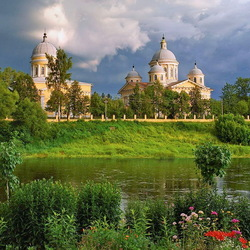 Jigsaw puzzle: The beauty of Orthodox places