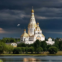 Jigsaw puzzle: Temple in Minsk