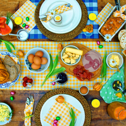 Jigsaw puzzle: Easter table