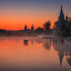 Jigsaw puzzle: Dawn in Dunilovo