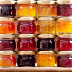 Jigsaw puzzle: Jam and jam
