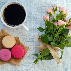 Jigsaw puzzle: Coffee and macaroons