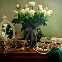 Jigsaw puzzle: Lady's still life