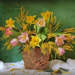 Jigsaw puzzle: Bouquet with daffodils and mimosa