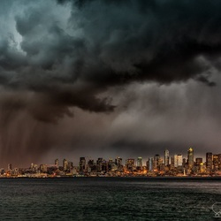 Jigsaw puzzle: Storm over Seattle