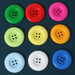 Jigsaw puzzle: Large buttons