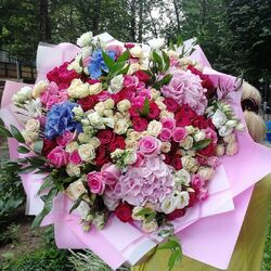 Jigsaw puzzle: Bouquets of roses