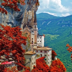Jigsaw puzzle: Church of Madonna della Corona
